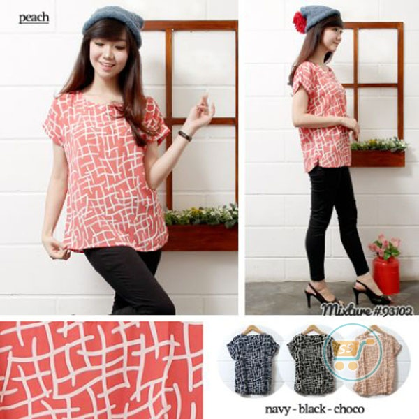 Blouse Abstrak Kotak