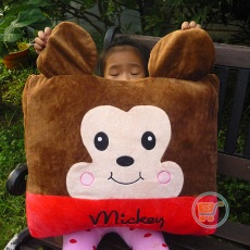 Bantal Mickey Kotak Large
