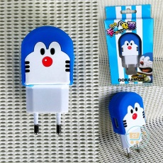 Colokan Charger Doraemon Face