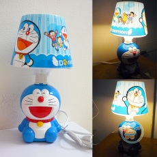 Lampu Doraemon Duduk Smile Medium