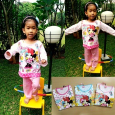 Piyama Anak Minnie Sweet Home (Ukuran 10 - 14)