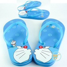 Sandal Doraemon Kissing Bell