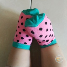 Kaos Kaki Dragon Fruit
