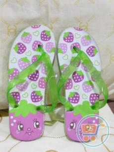 Sandal japit Strawberry