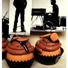 Photo Holder Mocca Almond Cupcake